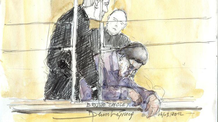 Un dessin d'audience montre l'accusé lors de son malaise, le 4 septembre 2012. (BENOIT PEYRUCQ / AFP)