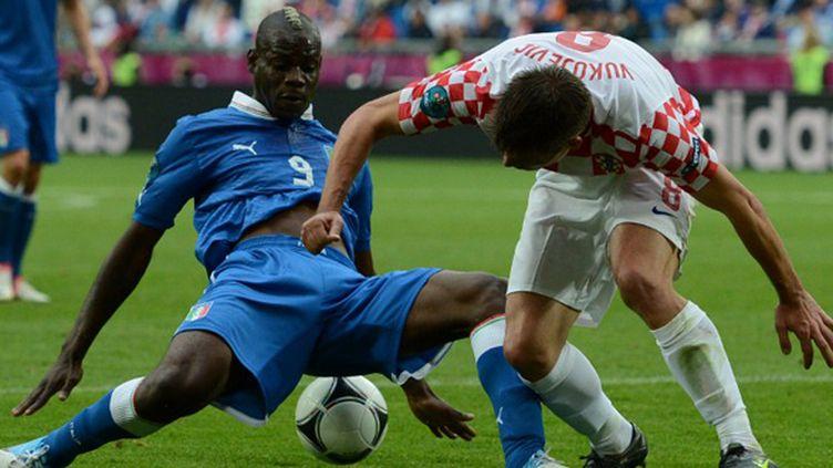 Mario Balotelli a montré un autre visage face à la Croatie (1-1).  (FRANCISCO LEONG / AFP)
