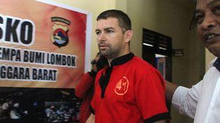 Le Français Félix Dorfin après son arrestation, sur l'île de Lombok (Indonésie), le 1er octobre 2018. (PIKONG / AFP)