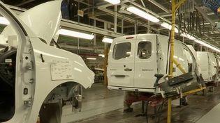L'usine Renault de Sandouville, en Seine-Maritime, avait cessé son activité le 7 mai sur ordre de la justice, qui estimait que la sécurité des travailleurs face au coronavirus n'était pas assurée. (FRANCE 2)