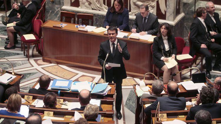 Le Premier ministre, Manuel Valls, le 9 février 2016 à l'Assemblée nationale. (JACQUES DEMARTHON / AFP)