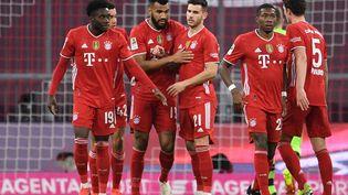 L'ancien parisien Choupo-Moting célèbre son but lors de la victoire contre le Bayer Leverkusen le 20 avril 2021. (ANDREAS GEBERT / AFP)