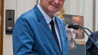 Christophe Girard, alors adjoint à la Culture à la mairie de Paris, le 12 septembre 2019, en déplacement dans le 15e arrondissement. (RICCARDO MILANI / HANS LUCAS)