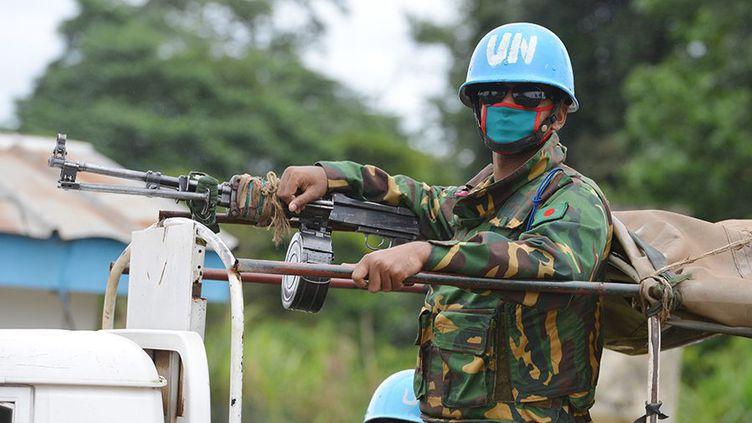 La Côte d'Ivoire est l'un des quinze pays où une opération des Casques bleus est en cours. Depuis 2004 et la guerre civile, les soldats de la paix y sont déployés. (AFP PHOTO / ISSOUF SANOGO)
