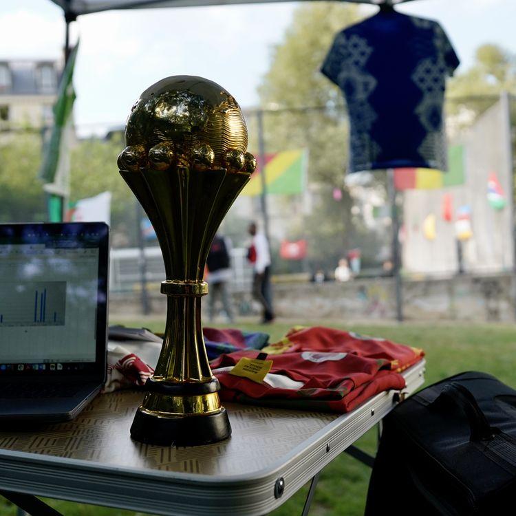 Le square Léon, dans le 18e arrondissement de Paris, accueille la CAN de la Goutte d'Or, le 1er juillet 2021. (PIERRE-LOUIS CARON / FRANCEINFO)