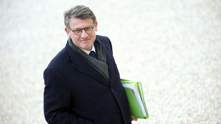 Le ministre de l'Education nationale, Vincent Peillon, le 17 mai 2012 à l'Elysée. (LIONEL BONAVENTURE / AFP)