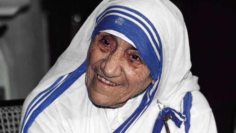 Mère Teresa, le 12 avril 1995 à Calcutta (Inde). (TIM BRAKEMEIER / DPA)