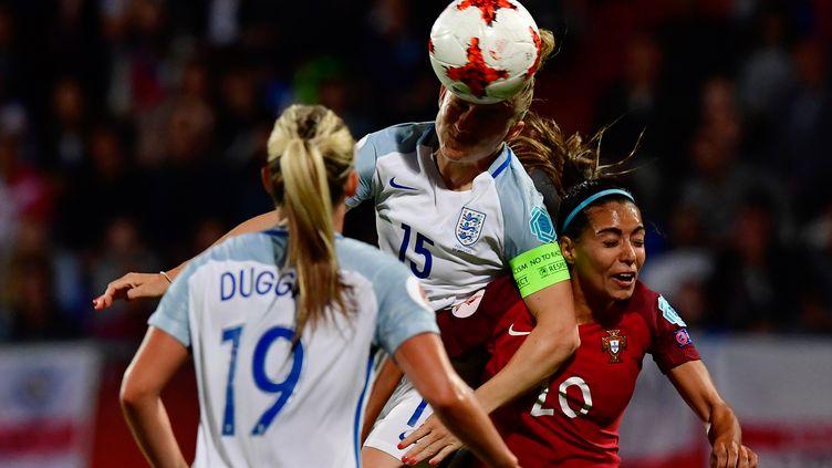 L'Angleterre a disposé du Portugal (2-1) lors de la troisième et dernière journée du groupe D de l'Euro féminin. (TOBIAS SCHWARZ / AFP)