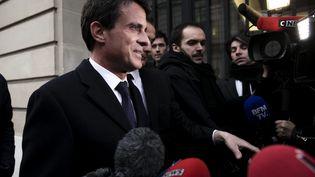 L'ancien Premier ministre Manuel Valls réunit ses soutiens durant l'entre-deux-tours de l'élection presidentielle le 25 avril 2017, à Paris. (VINCENT ISORE / MAXPPP)