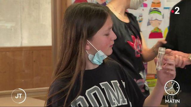 Covid-19 : début des tests salivaires dans les écoles de la zone C