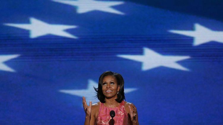 La Première dame des Etats-Unis, Michelle Obama, a exhorté les Américains à voter une nouvelle fois pour son mari, lors du premier jour de la convention démocrate, à Charlotte (Caroline du Nord), le 4 septembre 2012. (JASON REED / REUTERS )