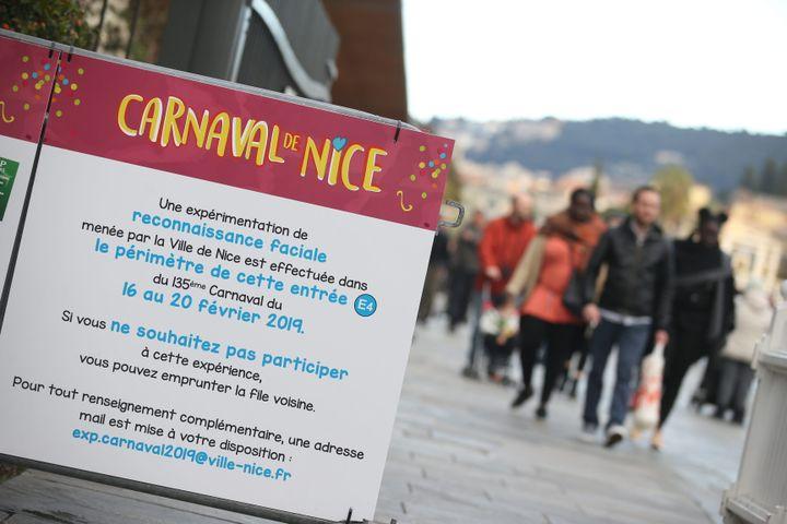 Un système de reconnaissance faciale est testé lors du carnaval de Nice, le 18 février 2019. (SEBASTIEN BOTELLA / MAXPPP)