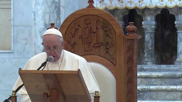 Pape François : un voyage symbolique en Irak auprès des chrétiens d'Orient. (FRANCEINFO)