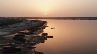 Le lac Rose, au Sénégal. (FRANCE 2)