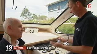 Le journaliste Luc Bazizin a testé pour vous une balade en bateau en Bourgogne sur la Saône. (FRANCE 2)