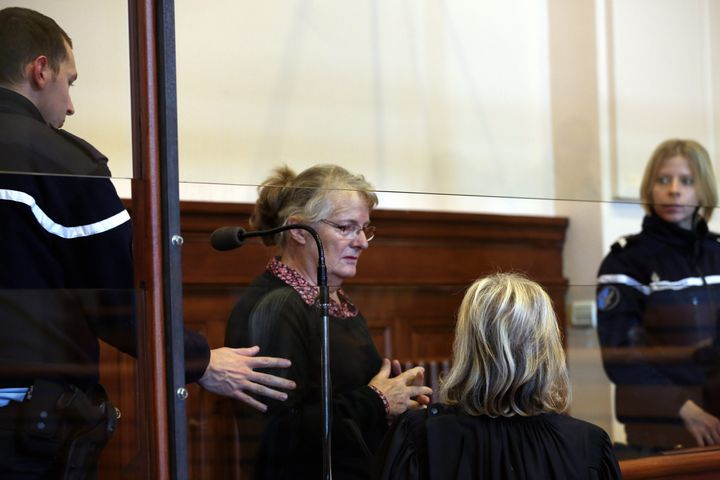 Jacqueline Sauvage devant la cour d'assises duLoir-et-Cher, à Blois, le 1er décembre 2015. (MAXPPP)