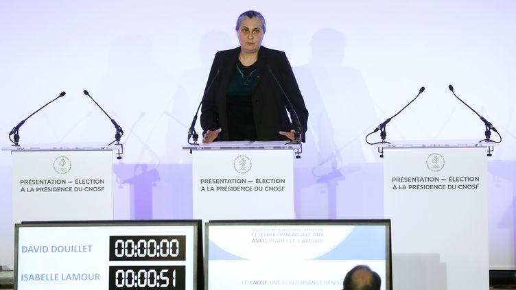 Isabelle Lamour,présidente de la fédération d'escrime, le 25 avril 2017. (PATRICK KOVARIK / AFP)