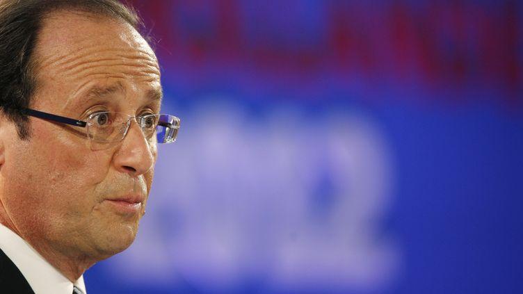 Le candidat PS à la présidentielle, François Hollande, le 26 janvier 2012, lors d'une conférence de presse à la Maison des métallos, à Paris. (PATRICK KOVARIK / AFP)