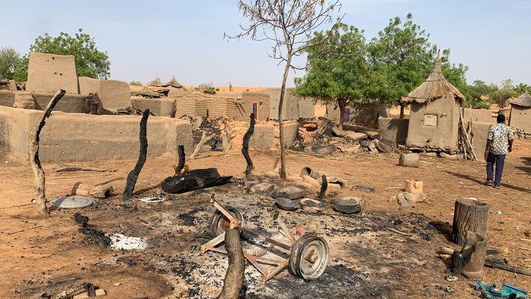 Le village dogon Sobane Da (Mali), le 11 juin 2019, après un massacre commis par des assaillants. (REUTERS)