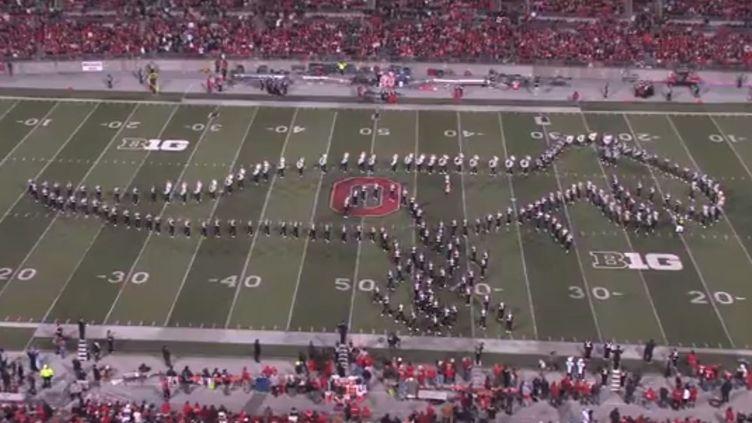 Capture de la vidéo YouTube montrant la fanfare de l'université de l'Ohio en action, samedi 26 octobre 2013, à Colombus (Etats-Unis). (FRANCETV INFO )