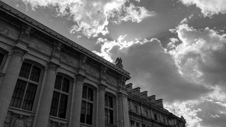 Le Palais de justice de Paris, photographié par David Fritz Goeppinger alors que se tient le procès des attentats du 13-Novembre. (DAVID FRITZ-GOEPPINGER POUR FRANCEINFO)