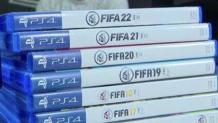 Jeux vidéo : au fil des versions, le succès de FIFA ne se dément pas (France 3)