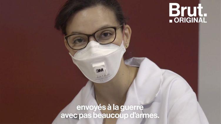 """VIDEO. """"Des soldats envoyés à la guerre sans armes"""" : une médecin généraliste dans l'est témoigne (BRUT)"""