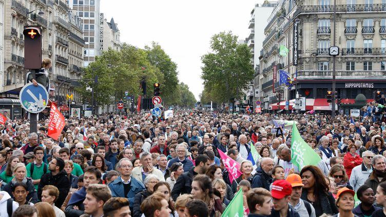Manifestation des anti-PMA pour toutes à Paris, le 6 octobre 2019. (LAURE BOYER / HANS LUCAS)