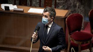 Le ministre de l'Intérieur, Gérald Darmanin, lors de la séance des questions au gouvernement à l'Assemblée nationale, à Paris, le 2 mars 2021. (ARTHUR NICHOLAS ORCHARD / HANS LUCAS / AFP)