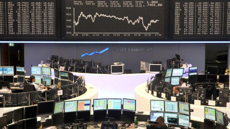 La Bourse de Francfort le jour de l'annonce du projet de fusion entre la Deutsche Börse et NYSE Euronext, le 15 février 2011. (DANIEL ROLAND/AFP)