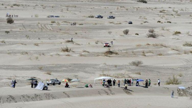 Le sable blanc de Fiambala, haut lieu du Dakar sud-américain (PHILIPPE DESMAZES / AFP)
