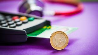 L'Assurance-maladie suggère d'augmenter la consultation des généralistes à 25euros, mercredi 6 juillet 2016. (GARO / PHANIE / AFP)
