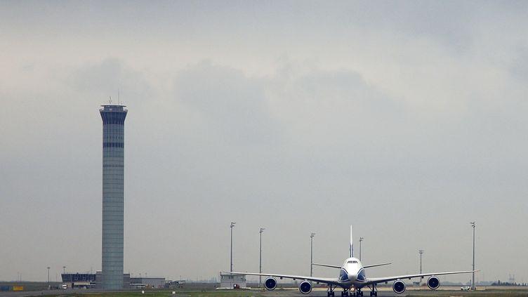 L'aéroport parisien de Roissy-Charles-de-Gaulle, en octobre 2012. (ALEXANDER KLEIN / AFP)