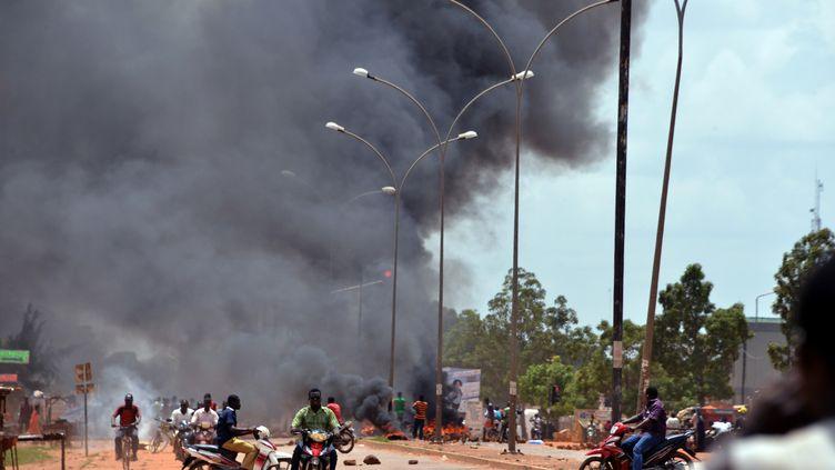 Dans une rue de Ouagadougou, la capitale du Burkina Faso, le 17 septembre 2015. (AHMED OUOBA / AFP)