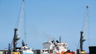 Le chantier du gazoduc Nord Stream 2 sur l'île de Rugen (Allemagne), dans la mer Baltique, photographié le 23 juillet 2021. (DMITRIJ LELTSCHUK / SPUTNIK / AFP)
