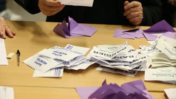 (Un duel FN/PS au second tour de la législative partielle du Doubs annoncent chacun des deux camps © MaxPPP)