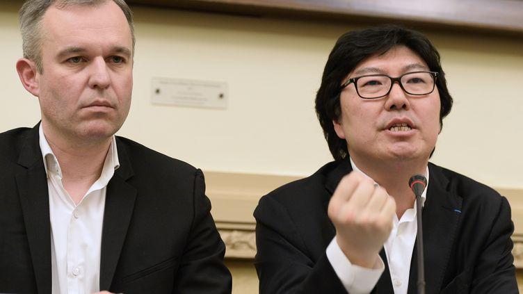 Le député François de Rugy et le sénateur Jean-Vincent Placé, le 4 avril 2015, à Paris. (BERTRAND GUAY / AFP)