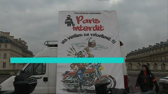 200 motards en colère manifestent à Paris
