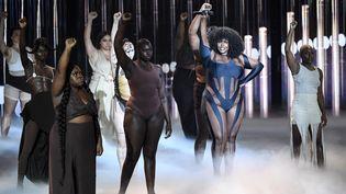 La chanteuse Yseult, sacrée révélation féminine lors des 36e Victoires de la musique, le 12 février 2021. (BERTRAND GUAY / AFP)