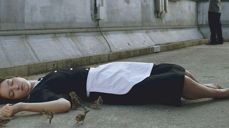 "Anaïs Demoustier dans ""Bird People"" de Pascale Ferran  (Carole Bethuel)"