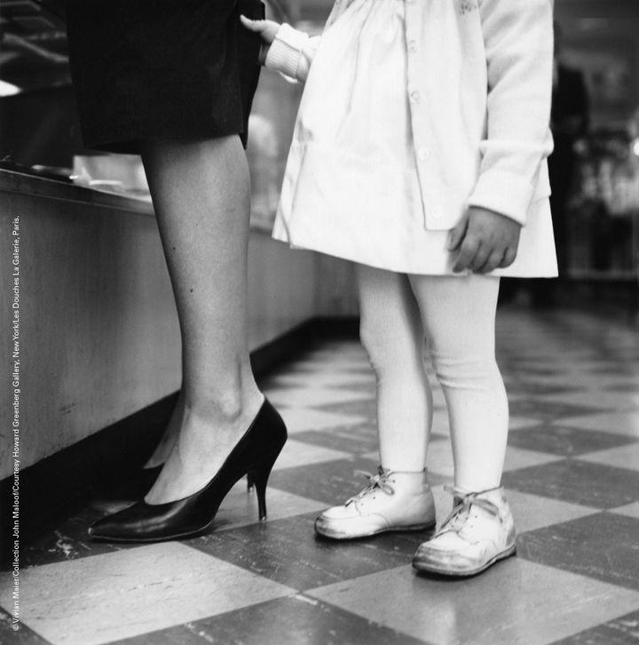 Un instant saisi par Vivian Maier  (Vivian Maier/Collection John Maloof Courtesy Howard Greenberg Gallery, New York Les Douches La Galerie, Paris )