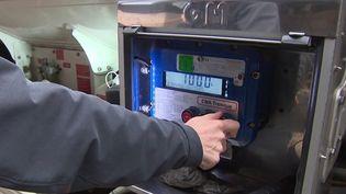 Énergie : le prix du fioul passe la barre symbolique d'un euro par litre (France 3)
