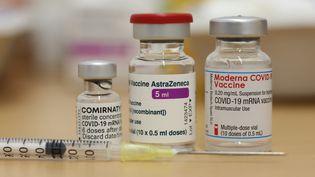 L'Agence européenne du médicament a estimé mercredi 7 avril que les bénéfices du vaccin AstraZeneca restaient supérieurs aux risques. (MATTHIAS BEIN / DPA-ZENTRALBILD)