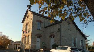 Capture de la mairie de Flagy (Seine-et-Marne) (FRANCE 2)