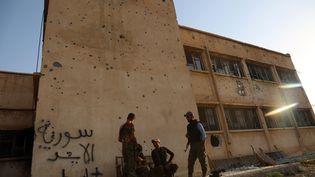 Des membres des forces kurdes à Hassaké en Syrie en août 2016. (DELIL SOULEIMAN / AFP)