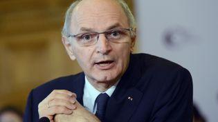 Didier Migaud, premier président de la Cour des comptes, lors d'une conférence de presse, à Paris, le 12 février 2013. (BERTRAND GUAY / AFP)