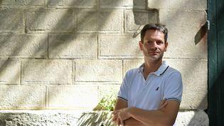 Le patron des Rencontres d'Arles Sam Stourdzé en juillet 2017 à Arles (BERTRAND LANGLOIS / AFP)