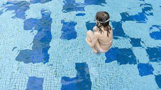 Selon un rapport de l'Institut de veille sanitaire publié le 7 août 2012, trois personnes meurent chaque jour de noyade en France. (THIERRY FOULON / PHOTOALTO / GETTY IMAGES)