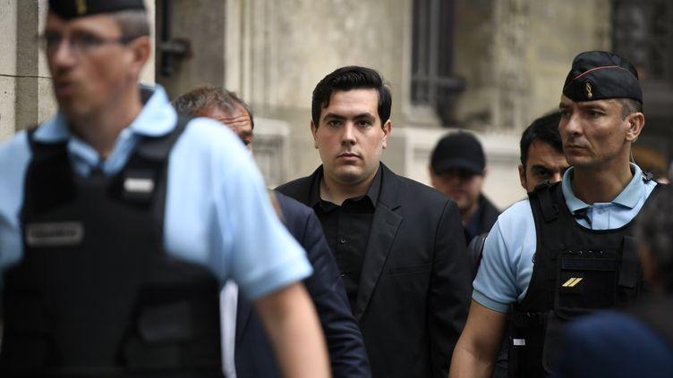 Esteban Morillo, l'un des accusés dans le procès de la mort de Clément Méric, à son arrivée au tribunal, à Paris, le 4 septembre 2018. (ERIC FEFERBERG / AFP)