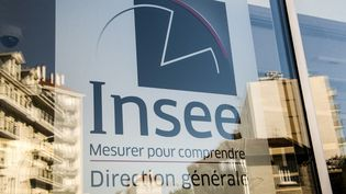 Le logo de l'Insee, à Montrouge, près de Paris, le 14 juin 2019. (AURORE MESENGE / AFP)
